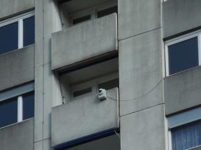 Balkon mit unbekanntem Grät