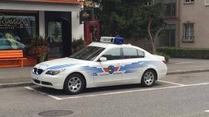 Es Polizeiauto a de Landstroos