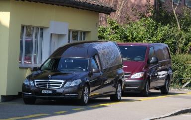 Badener Bestattungen Autos 2016-03-18.jpg